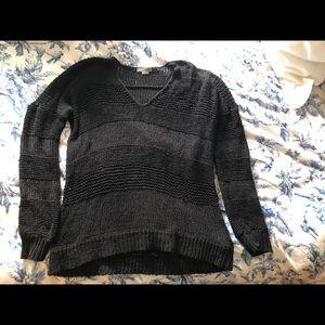 Black V-Neck Vince Ladies Sweater Size Large